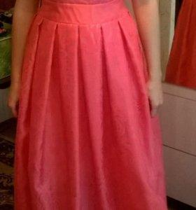 Платье с этикеткой-новое