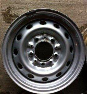 Chevrolet Niva штампованные диски r15