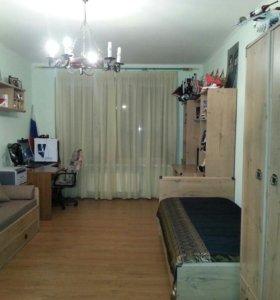 Квартира, 3 комнаты, 136.8 м²