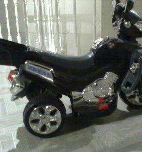 Мотоцикл акоммуляторный детский