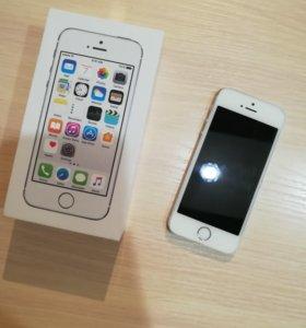 IPhone 5s 16 ГБ серебряный