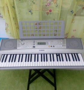 синтезатор yamaxa PSR -E303