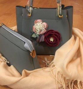 Оригинальный набор: сумочка и косметичка. Новые.