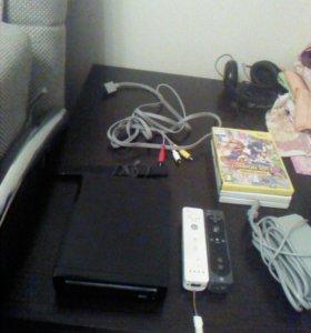 Игровая консоль Nintendo wii. + 2 пульта и 8 игр