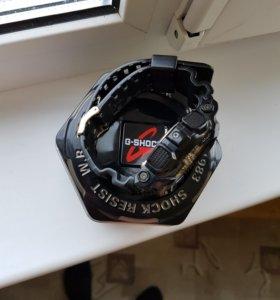 Продам оригинальные часы Casio