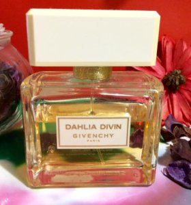 Givenchy Dahila Divin EDP