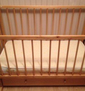 Кроватка детская маятниковая