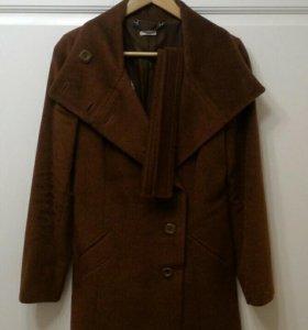 Пальто женское р.40-42