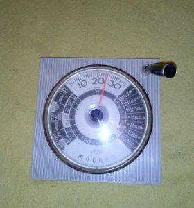 Настольный термометр-календарь