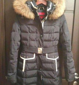 Пуховик, пальто, жилет и плащ.