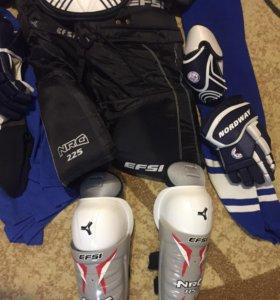 Хоккейная форма комплект