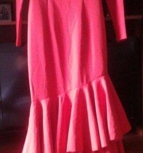 Платье вечернее р.42