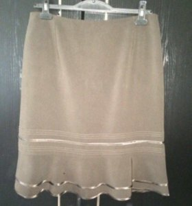Комплект,пиджак и юбка