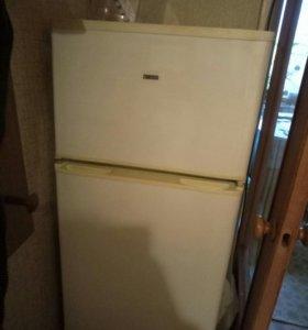 Холодильник неисправный Zanussi