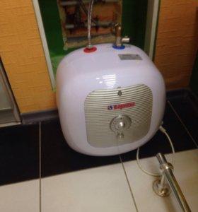 Водонагреватель накопительный 15 литров