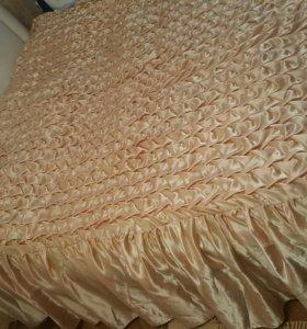Покрывало, наволочки и подушка буф