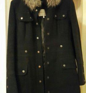 Пальто шерстяное зимнее размер 44