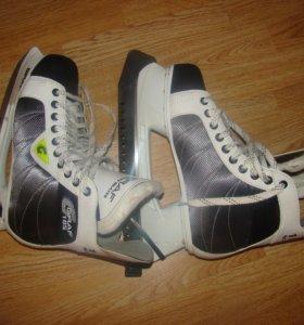 Коньки хоккейные GRAF 105 super 43 размер