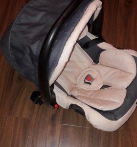 Детское авто кресло, переноска. С 0 до 3-х лет.