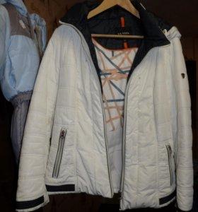 Куртка женская, размер 52