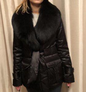 Куртка тёплая с мехом лисы 44-46