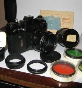 Зеркальный фотоаппарат Зенит ЕТ
