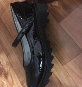 Туфли на девочку, 34 размер
