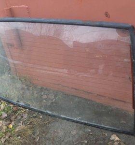 Заднее стекло от ВАЗ 2109