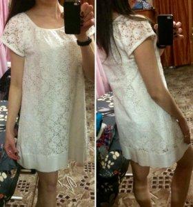 Белое платье 44