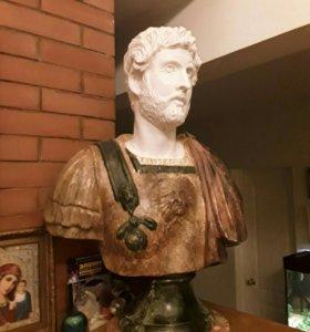 Бюст императора Публия Элия Адриана.