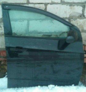 Дверь передняя правая в цвет Chevrolet Aveo T300