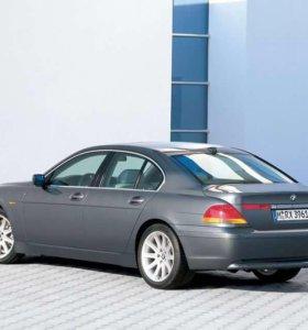 В разборе BMW 745i