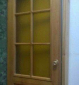 Дверь деревянная .