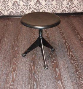 Банкетка (стул) для пианино / фортепиано