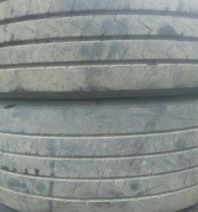 Шины для грузовых автомобилей.