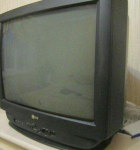 TV LG-54 см с пультом в отличном состоянии