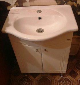Новая тумба под раковину в ванную комнату