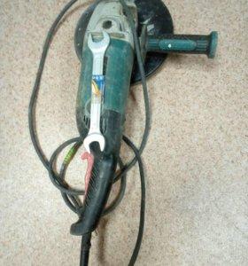 Шлифовальная машинка Hammer USM 2300 C