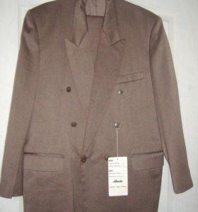 новый мужской костюм р.54