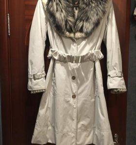 Пихора зимняя с воротником из меха чернобурки
