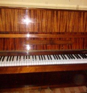 Отдам фортепиано