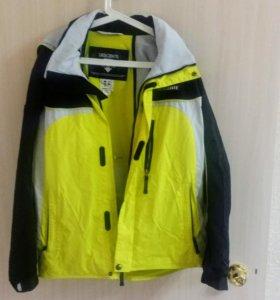 Горнолыжная куртка Descente