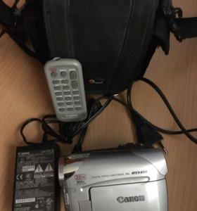 Видеокамера Canon MVX450