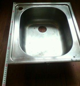 Раковина кухонная металическая