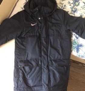 Куртка зимняя Nike Storm Fit