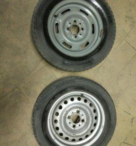 Одно колесо 13 радиуса с резиной
