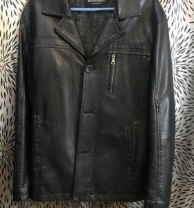 Мужская кожаная куртка ( пиджак)размер 44-46