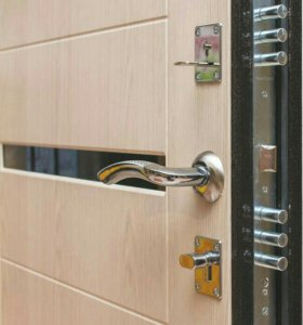 Входные двери со склада Троя Лиственница мокко 9см