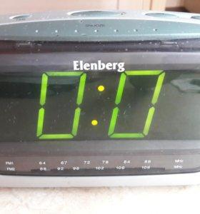 Радио-часы Elenberg