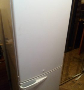 Срочно Продам! Холодильник Stinol RF305A.008
